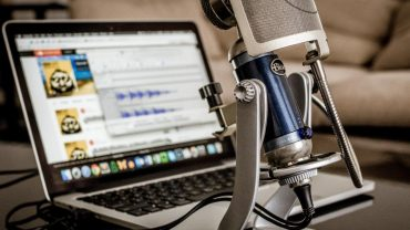 A podcast setup that should be utilized for content marketing.